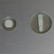 montage in metal tag